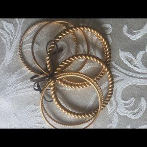 Jewelry - Heavy bracelet set
